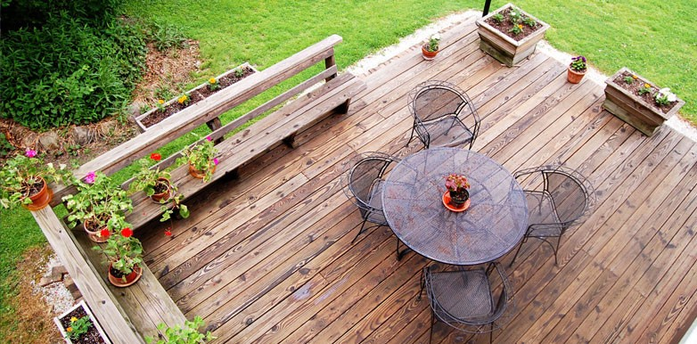 An Introduction to Timber Decking