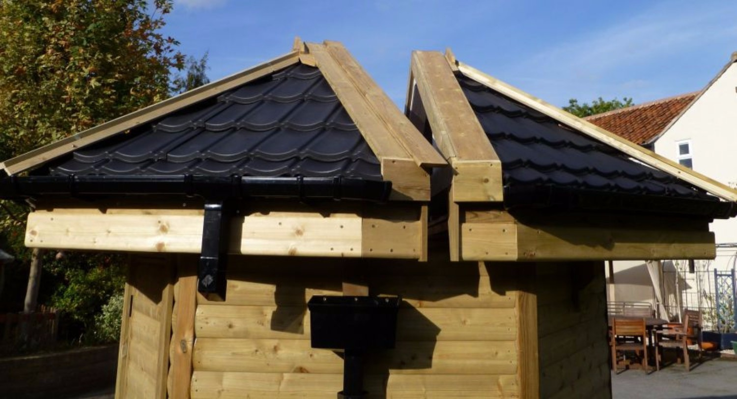 Lightweight Tiles Budget Split Roof