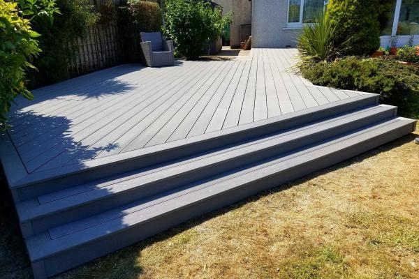 Hollow Woodgrain Composite Decking Boards 150mm X 25mm