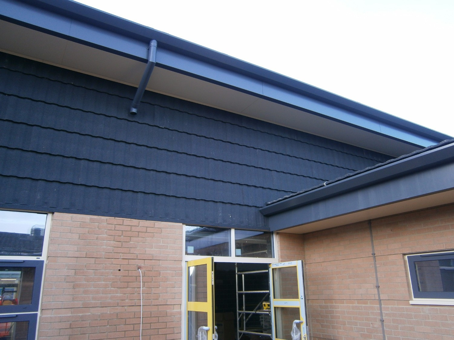 Lightweight Commercial Cladding